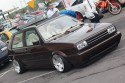 Volkswagen Golf II z prostokątną lampą