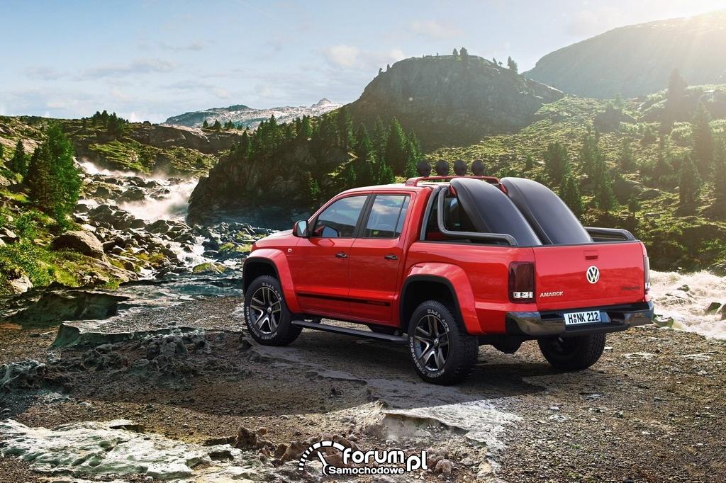 Volkswagen Amarok Canyon - widok z tyłu