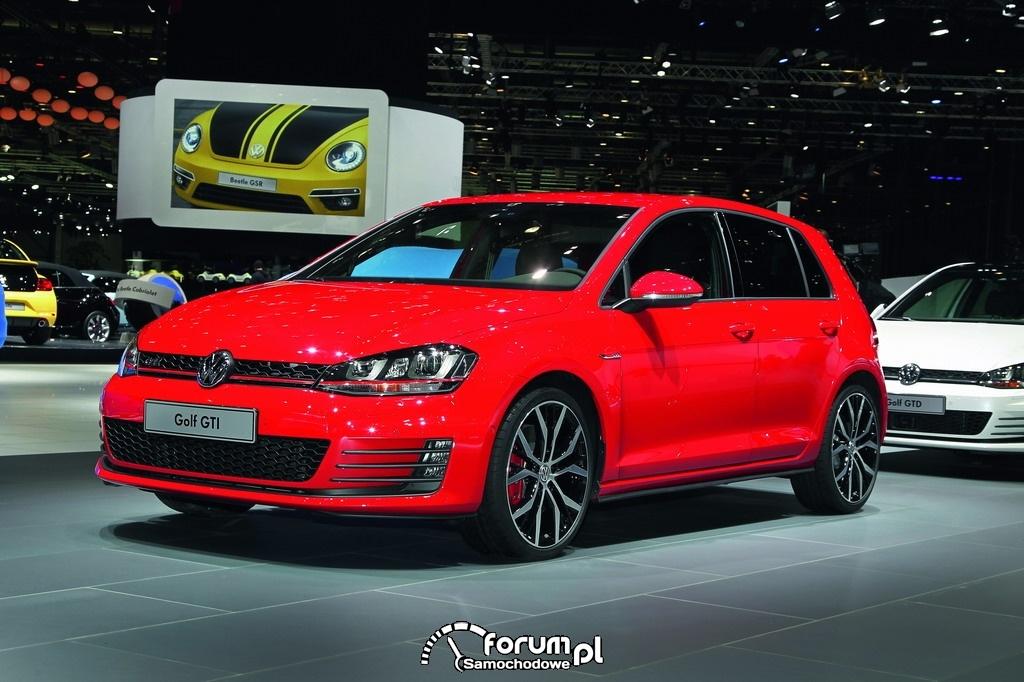 Volkswagen Golf GTI VII, czerwony