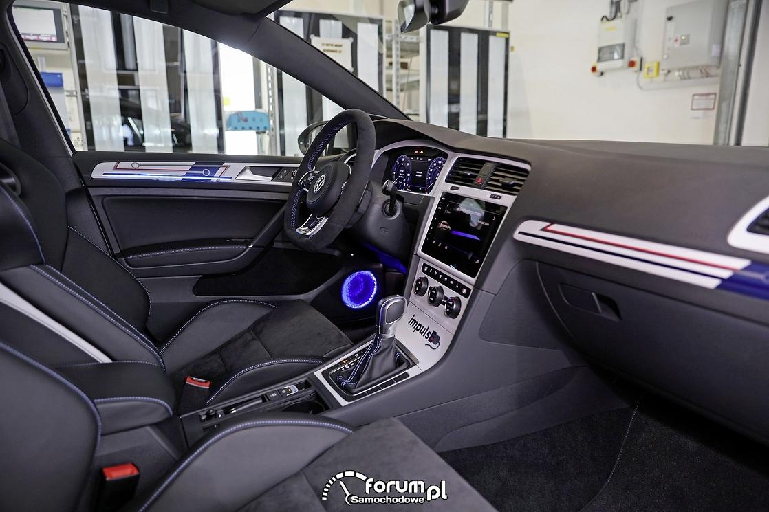 Volkswagen Golf GTI, wnętrze, deska rozdzielcza