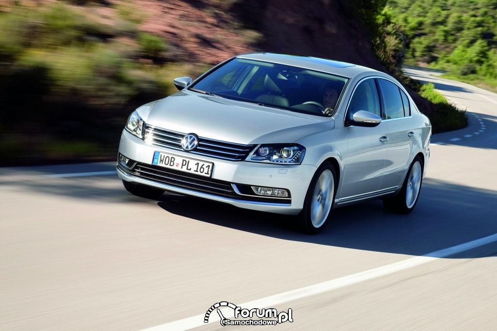 Volkswagen Passat Sedan 2012 : 2
