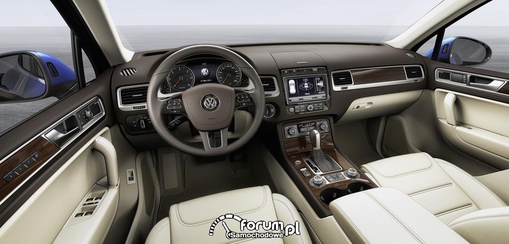 Volkswagen Touareg, deska rozdzielcza, wnętrze