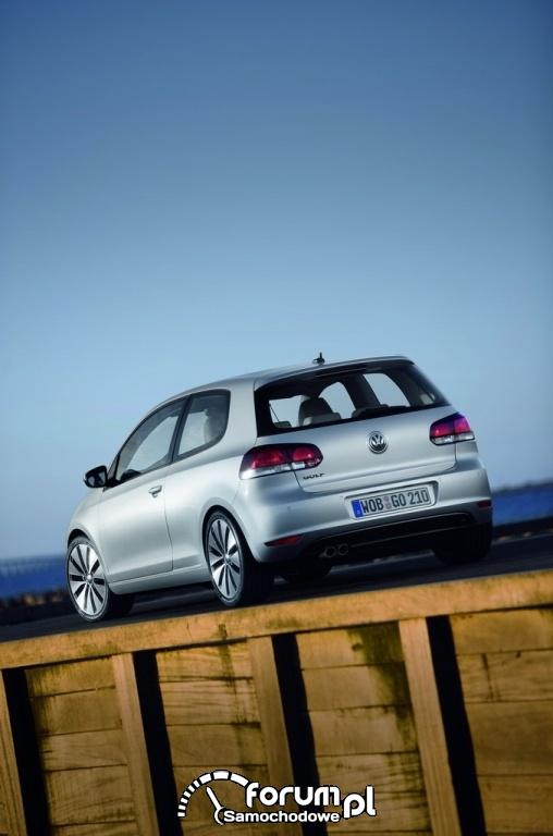 VW Golf VI - widok z tyłu