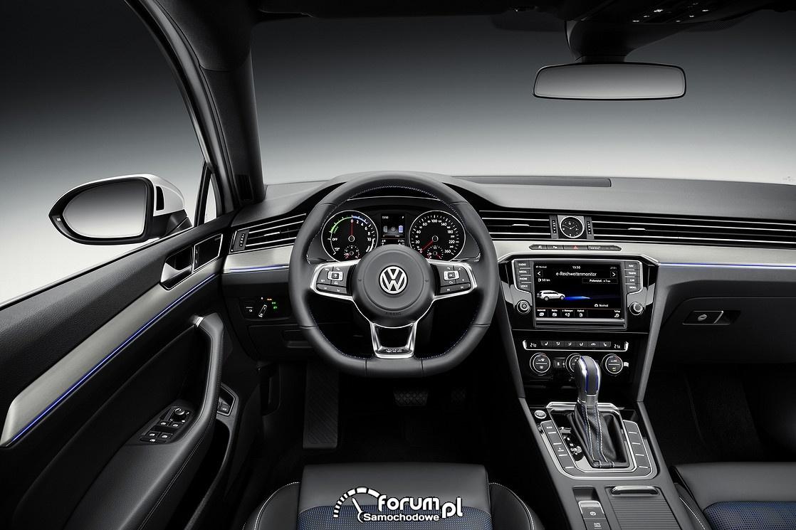 VW Passat GTE, wnętrze