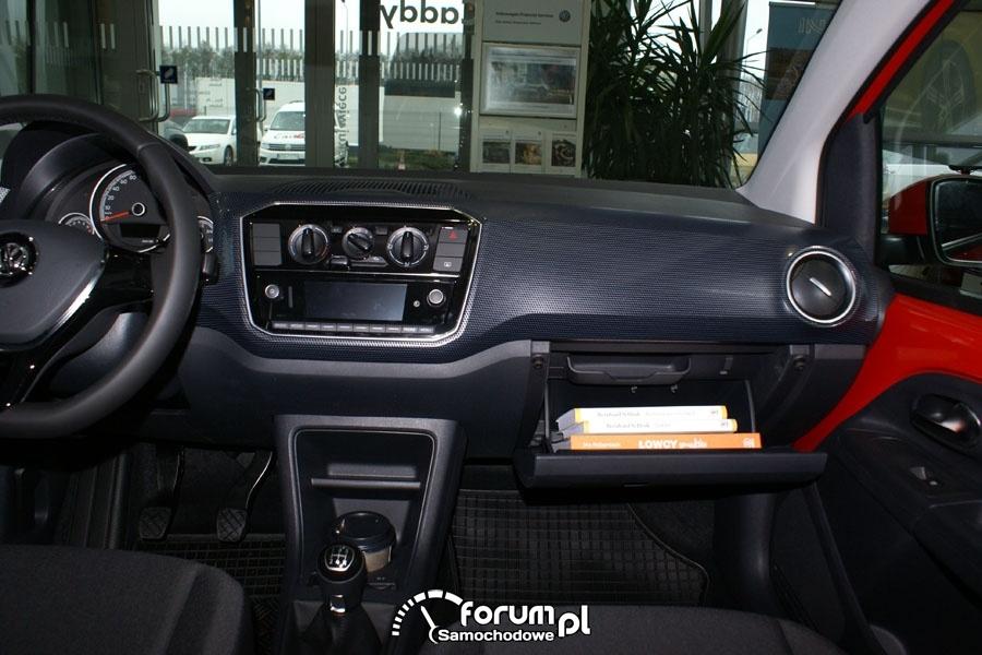 VW UP, wnętrze, deska, środkowa konsola