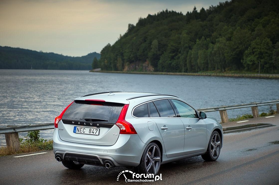 Volvo V60 R-Design, tył, 2016