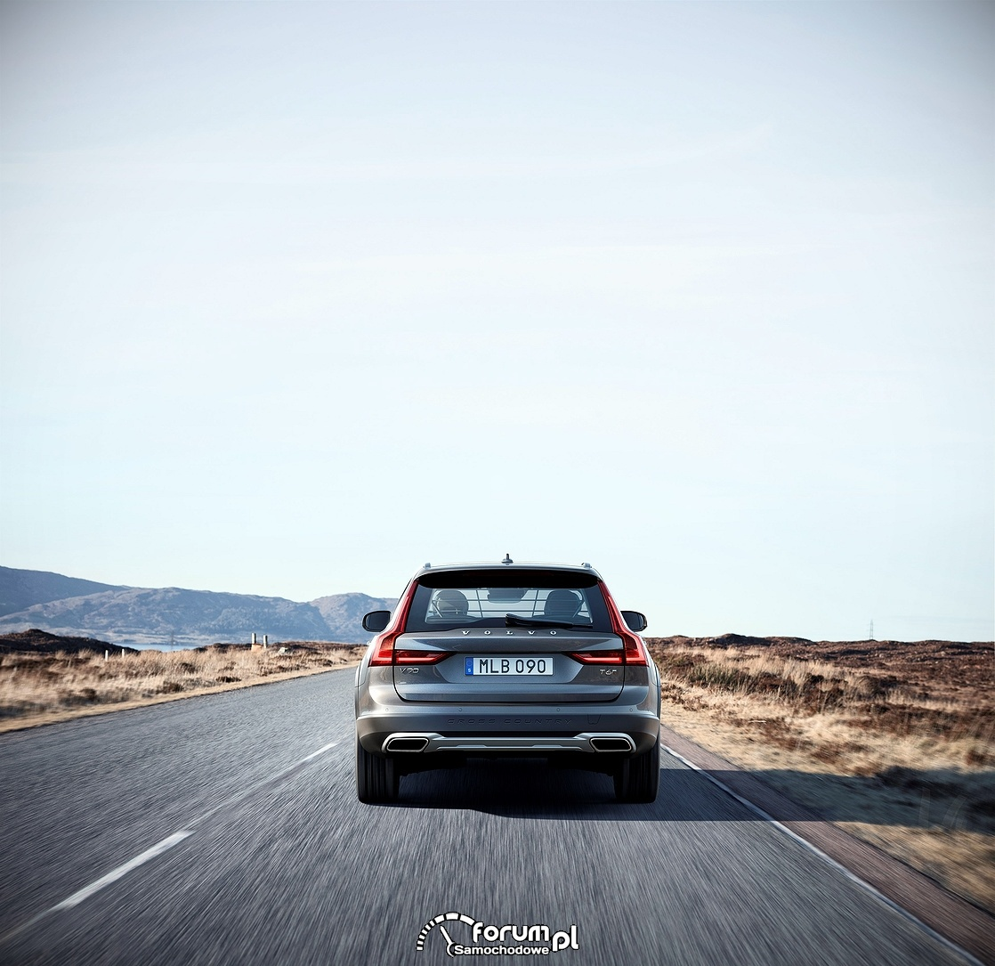Volvo V90 Cross Country, tył