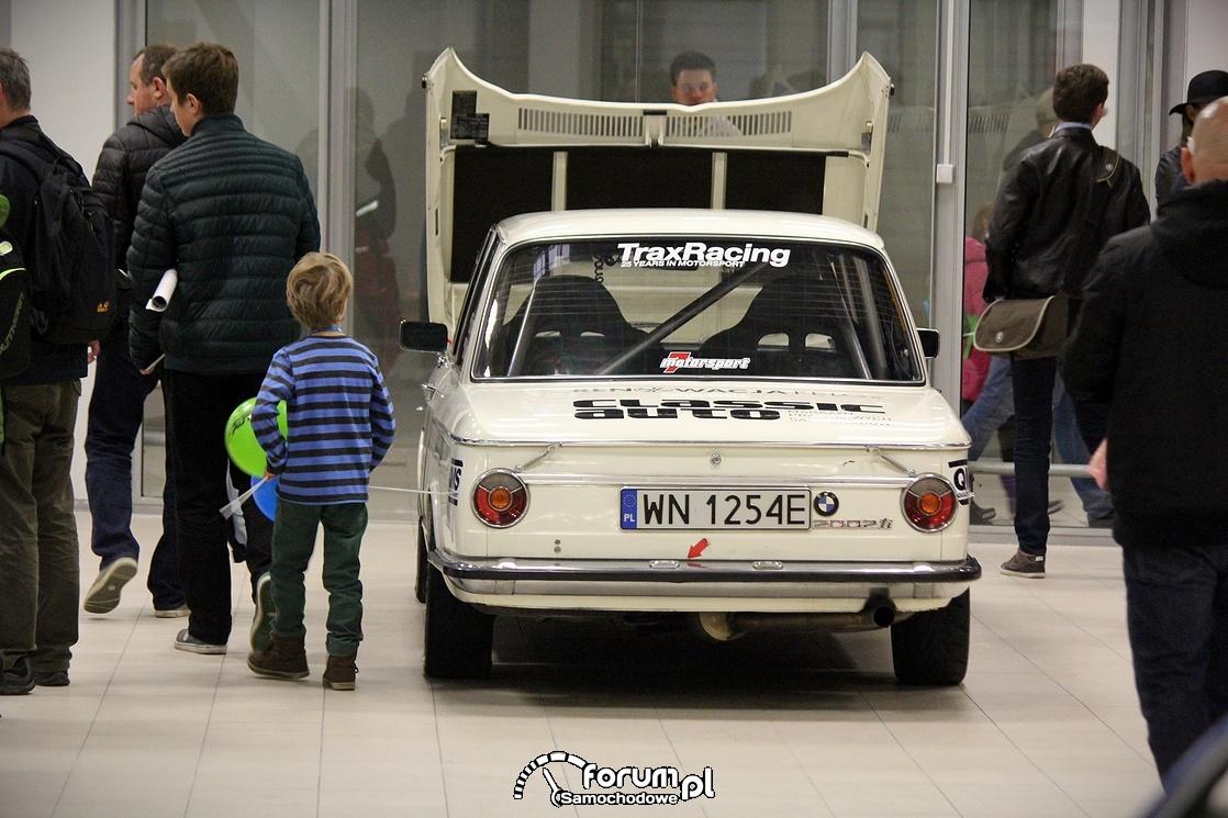 BMW 2002 ti, tył