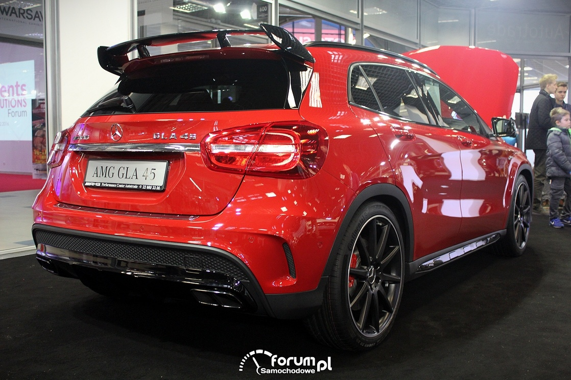 Mercedes GLA 4S AMG, tył