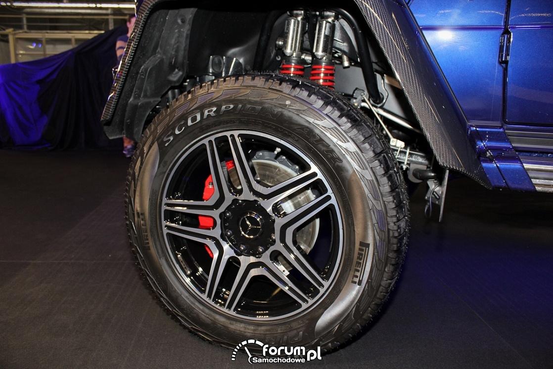 Alufelgi 22 cale, podwójne amortyzatory, Mercedes-Benz G500 4x4