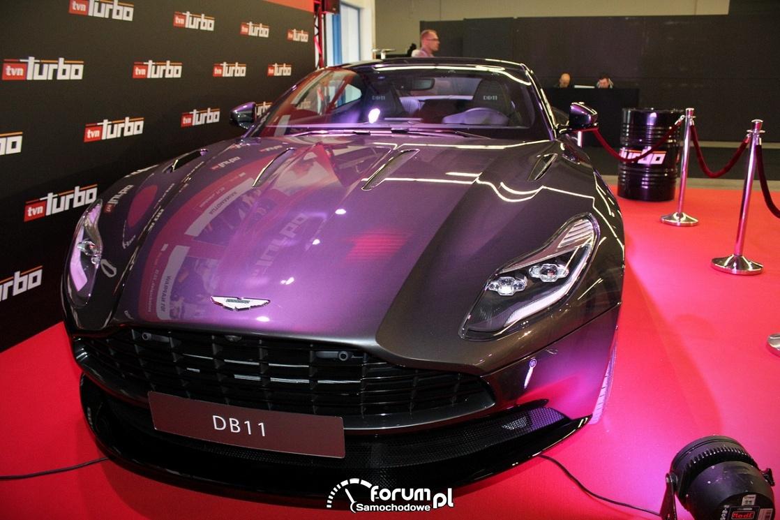 Aston Martin DB11, przód