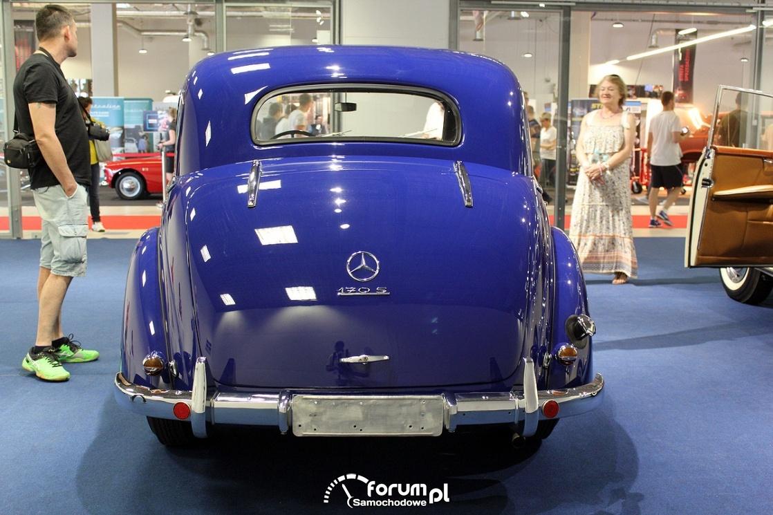 Mercedes-Benz 170S, tył