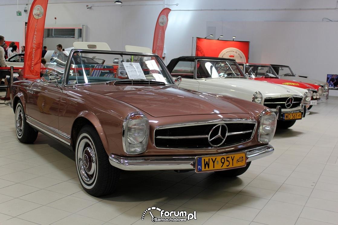 Mercedes-Benz 230SL W113 Pagoda, 1965 rok