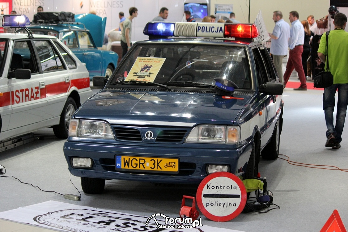 Policja, Polonez Caro
