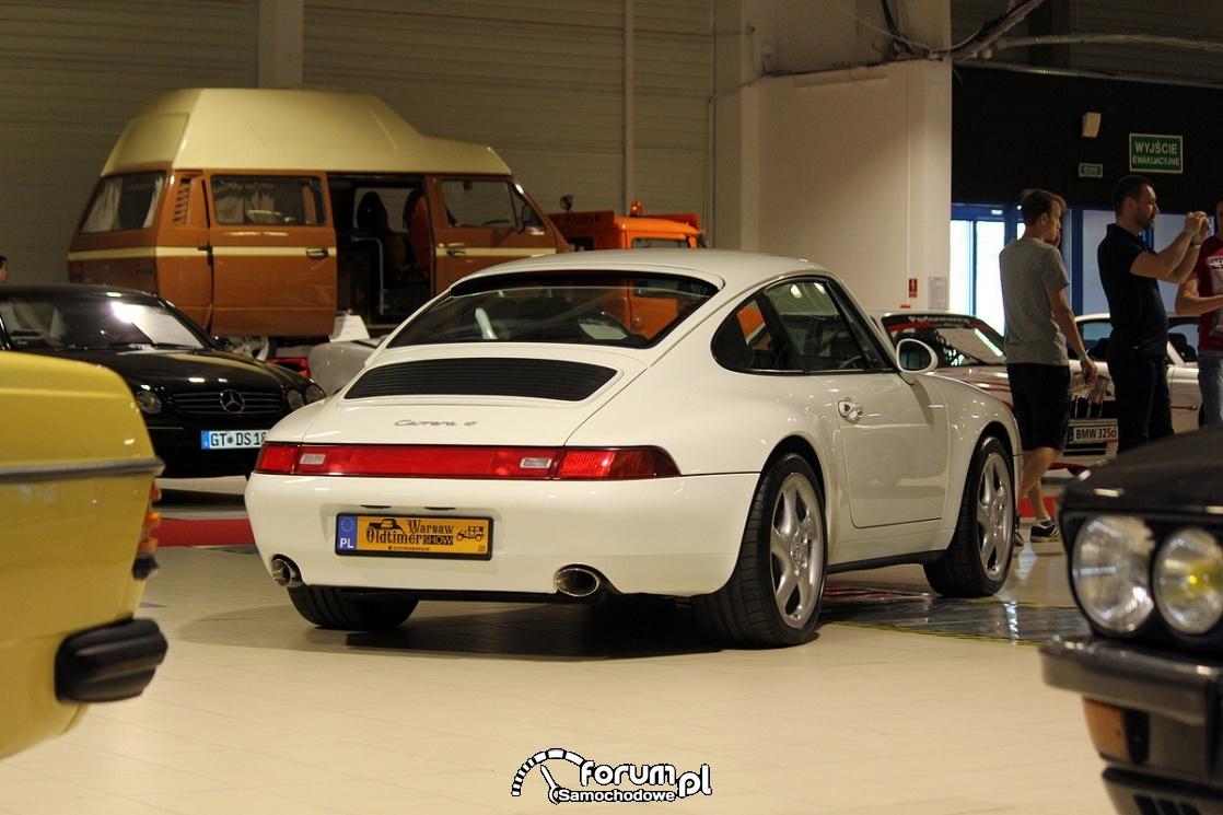 Porsche Carrera 4, 1996 rok, tył