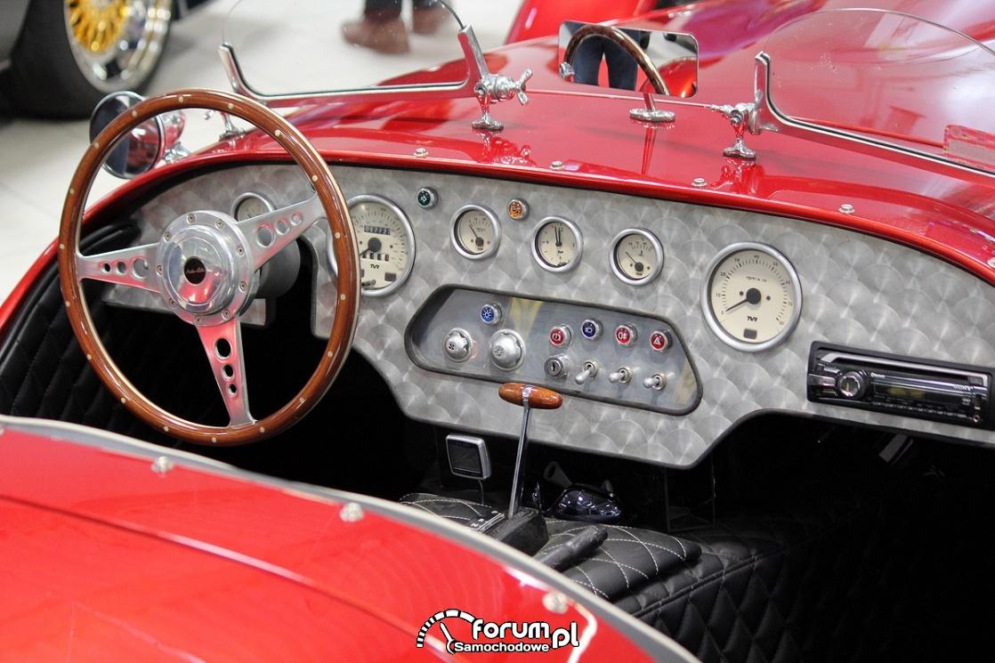 Ronart W152 roadster, deska rozdzielcza