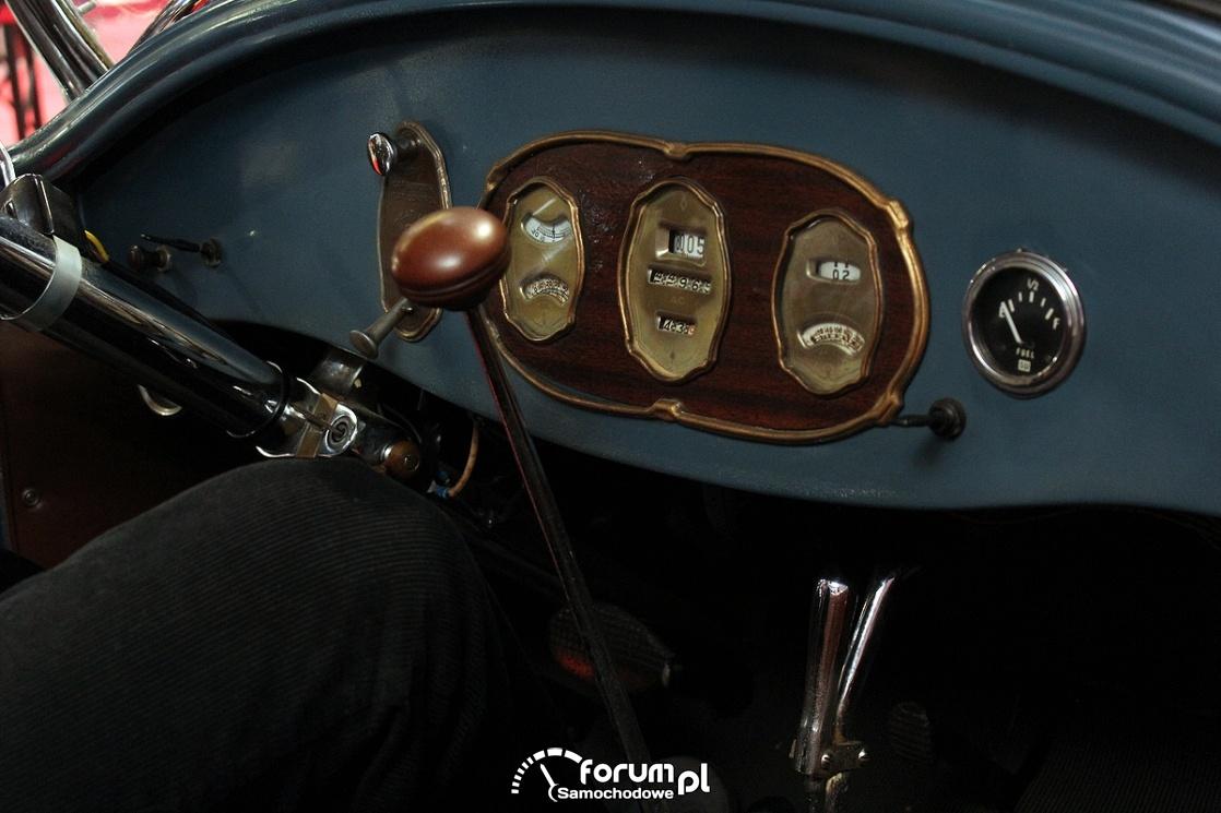 Buick Standard 6 Tourer, wnętrze, zegary