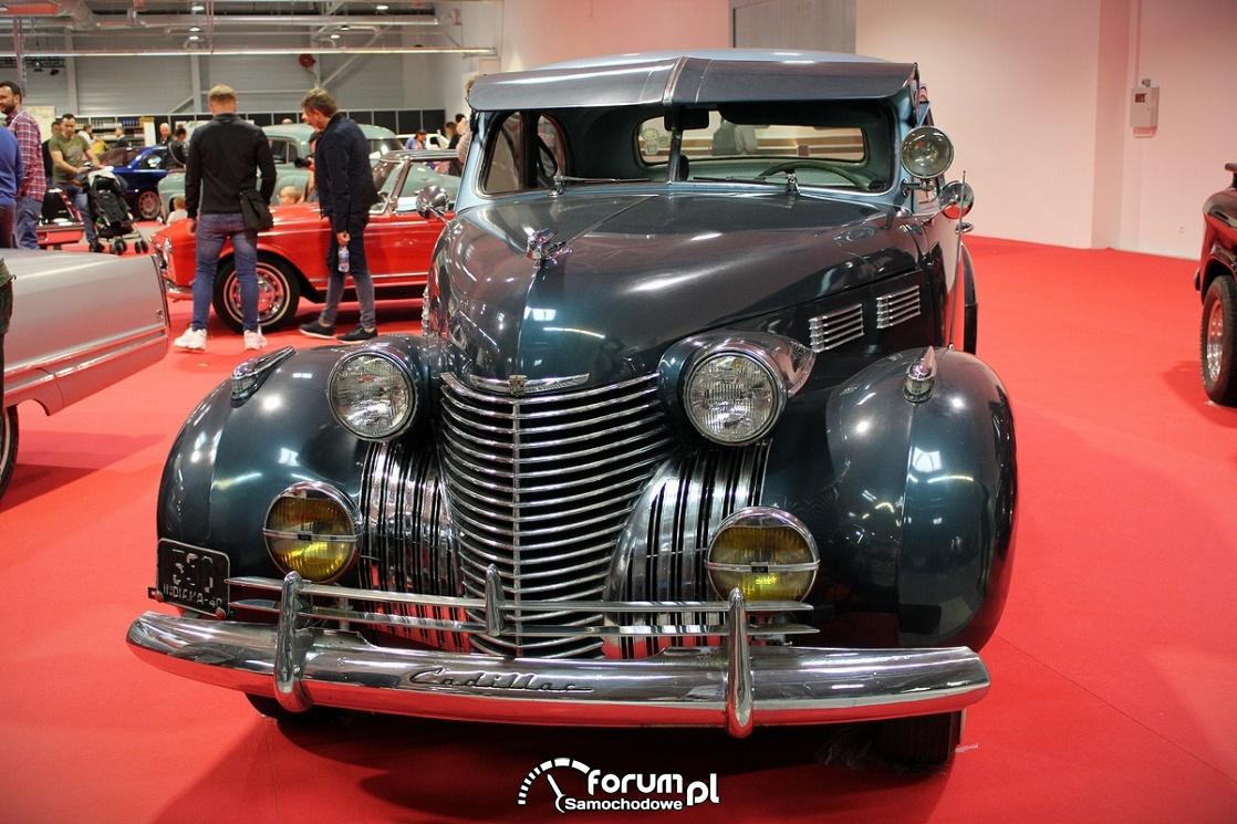 Cadillac Series 62 Coupe, przód
