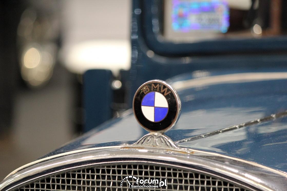 Emblemat, znaczek BMW na masce