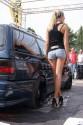 Volkswagen Passat kombi, tuning, długie nogi i czarne alufelgi