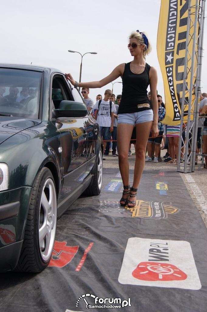 Volkswagen Passat, tuning, hostessy