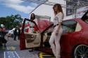 Ford Mondeo MKII, dziewczyny