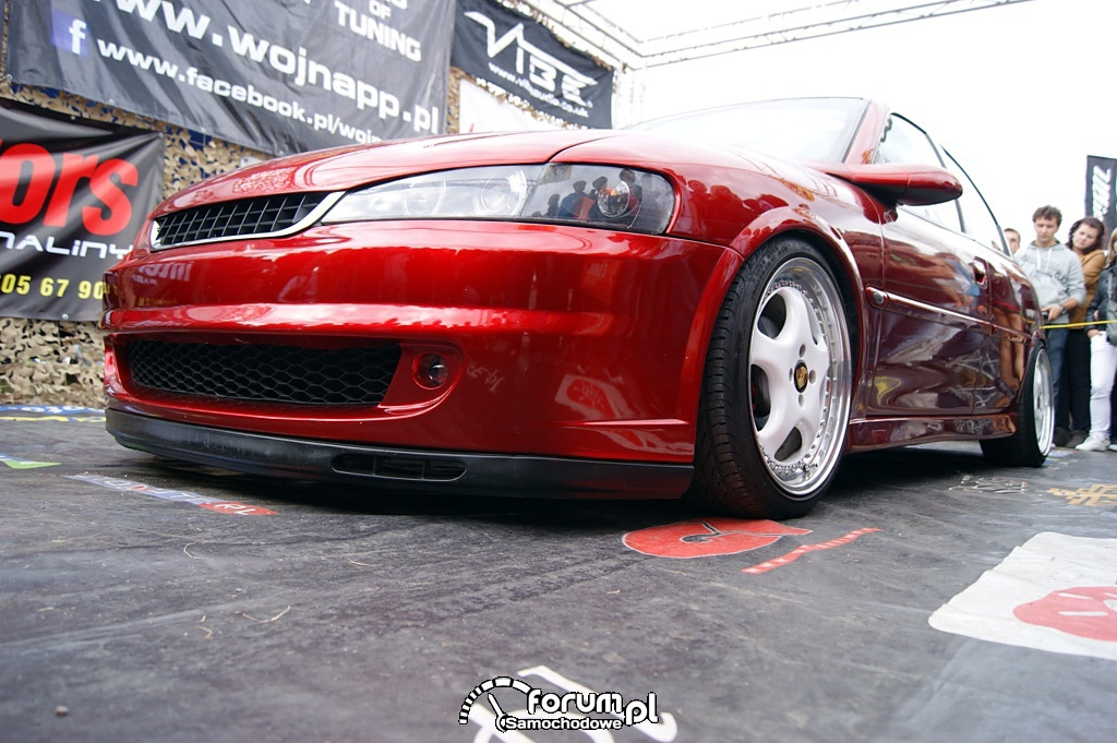 Opel Vectra B, tuning, bok