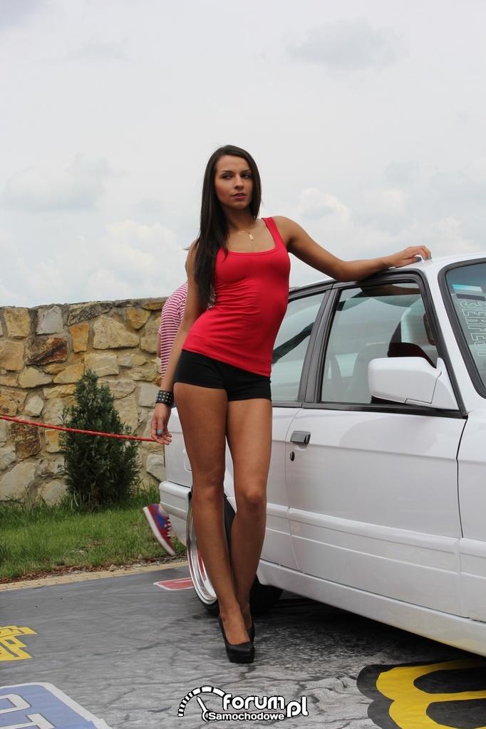BMW E30, Trish Angel