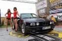 BMW E34 seria 5, prezentacja, Wargirls