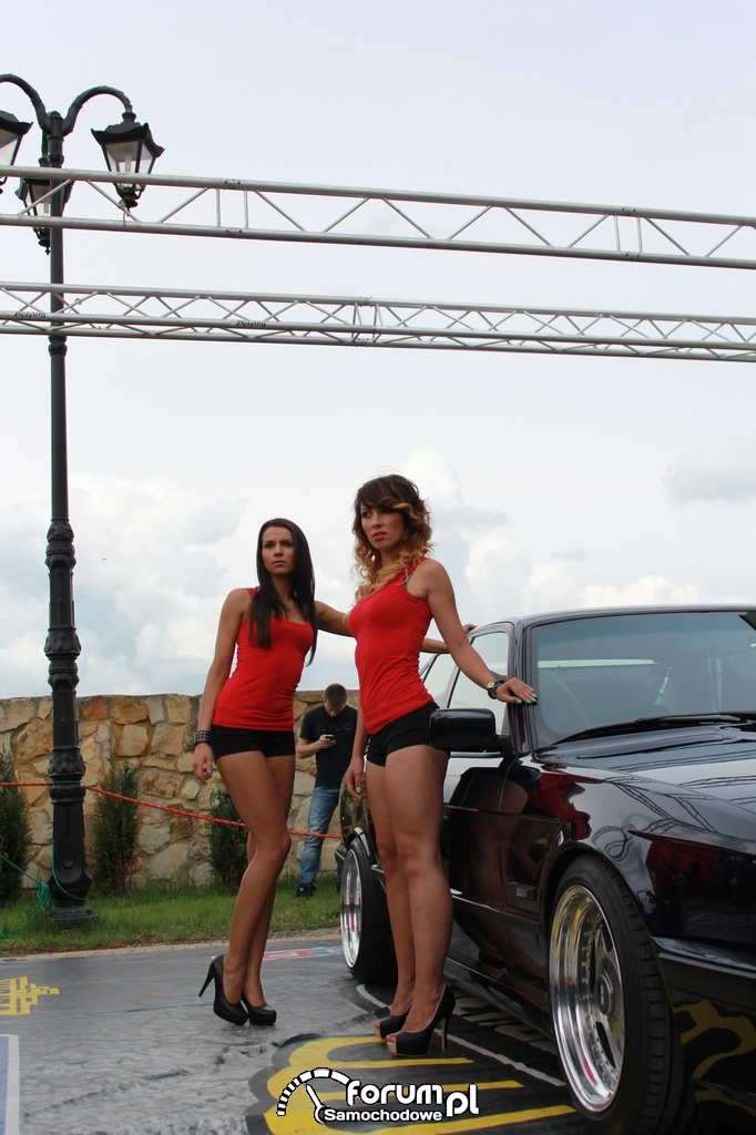 Nika i Trish Angel, BMW, dziewczyny