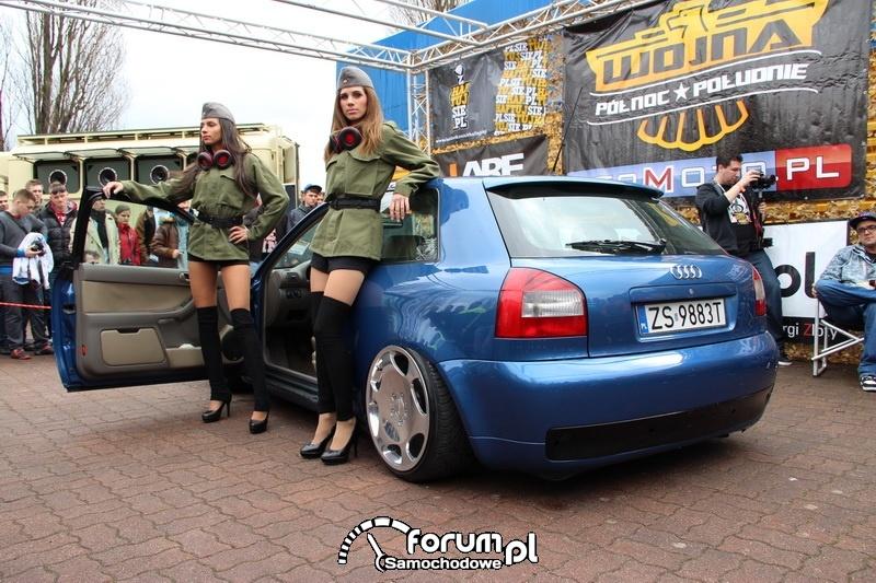 Audi A3 z dziewczynami