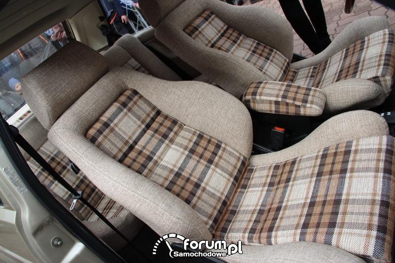 Tapicerka siedzeń w VW Golf II