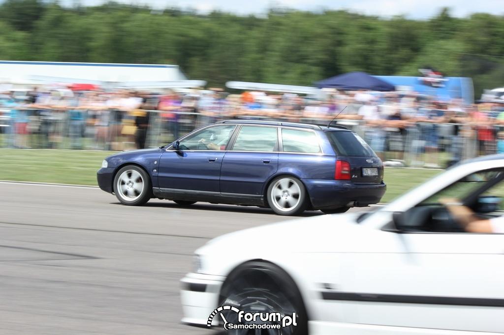 Audi A4 B5 kombi vs BMW E36 Compact
