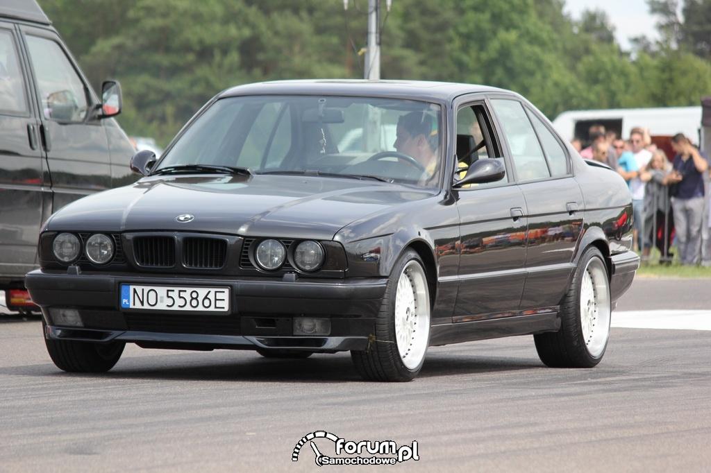 BMW seria 5 E34 M5
