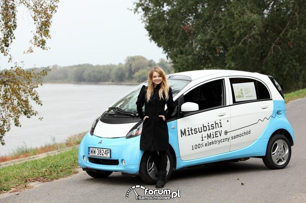 Izabella Miko, elektryczny Mitsubishi i-MiEV