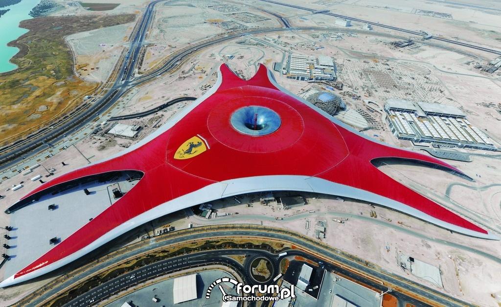 Park Rozrywki Ferrari World w Abu Dhabi