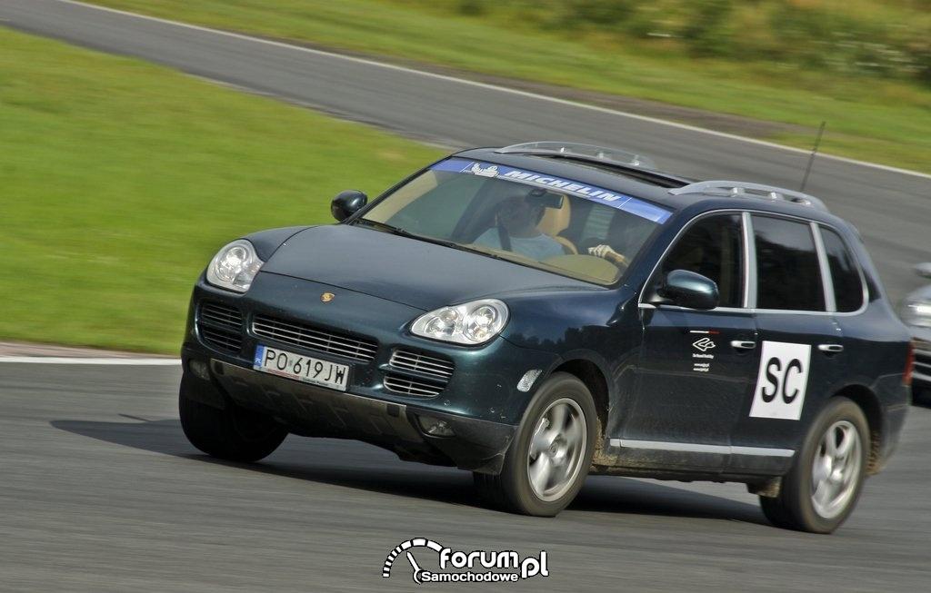 Porsche Cayenne - Track Day