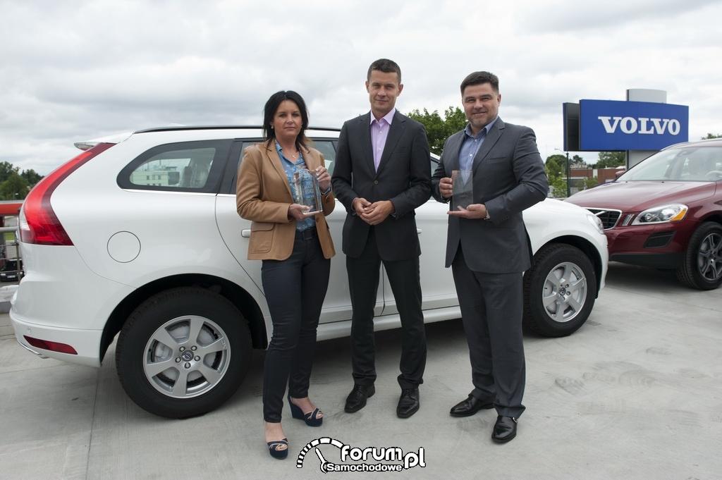 Prezes Volvo Auto Polska i laureaci nagrody - Dealer Roku 2012