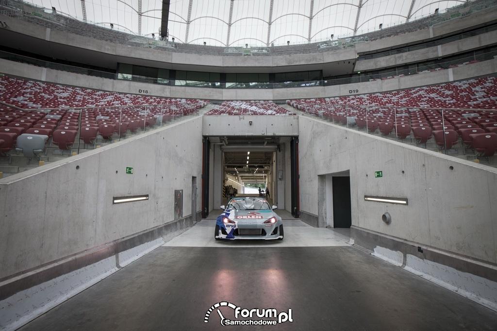 Toyota GT86 o mocy 1000 koni mechanicznych, Stadion Narodowy w Warszawie