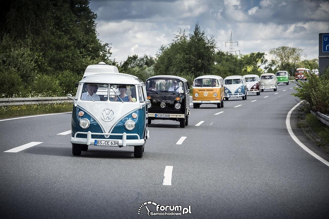VW T Bulli, droga trzypasmowa