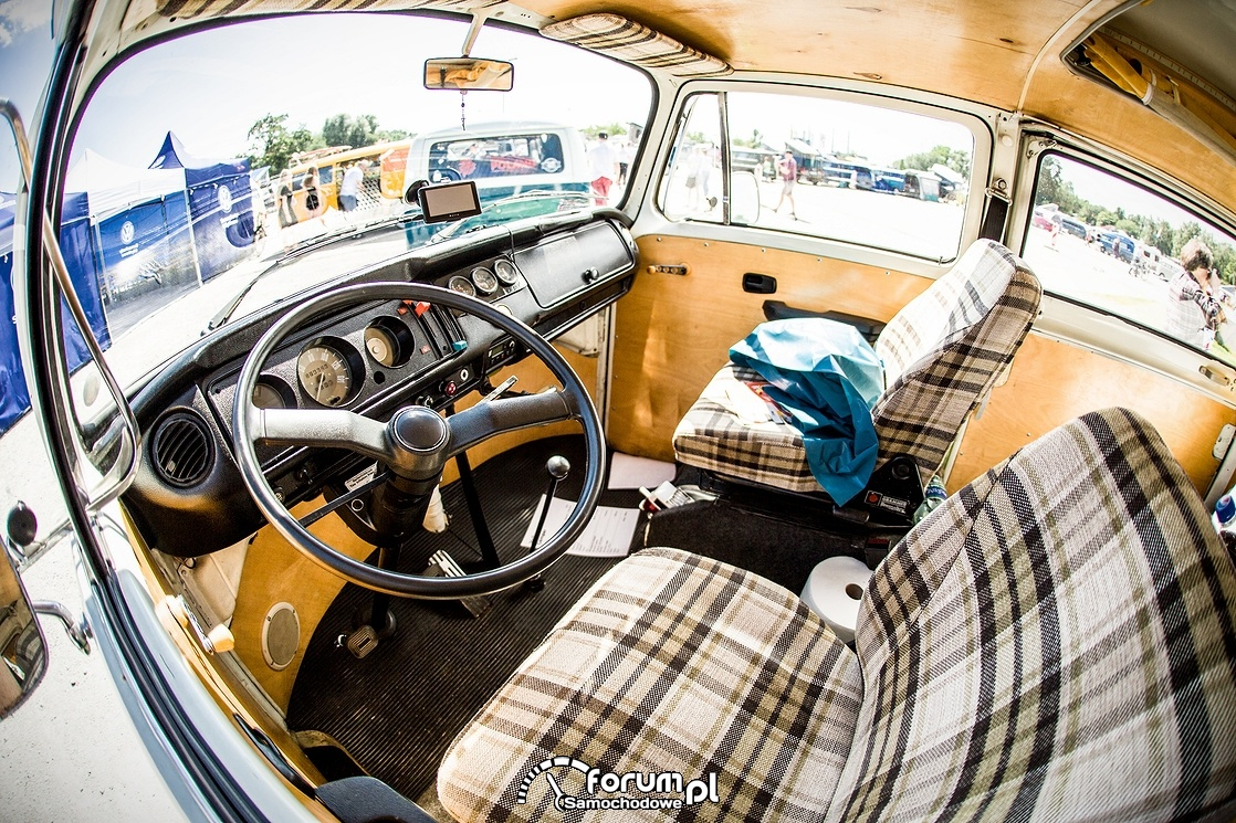 VW T Bulli, wnętrze