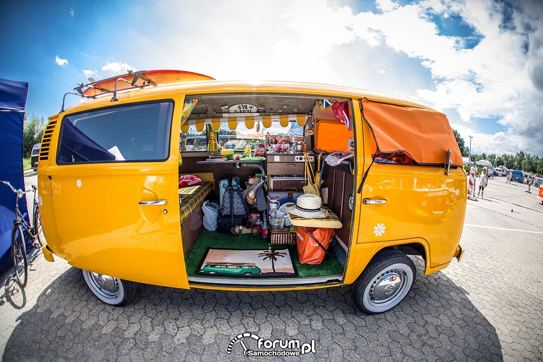 VW T Bulli, wnętrze, windsurfing